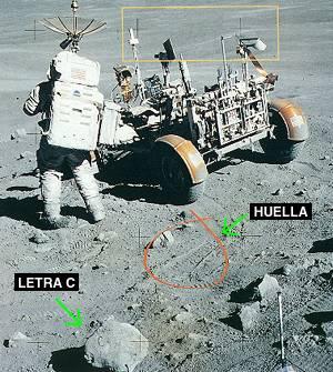 hombre llega a la luna