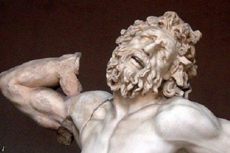 Laocoonte, sacerdote de Apolo en Troya