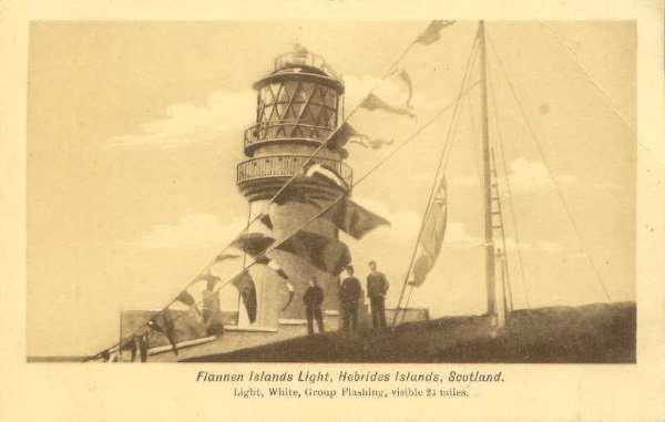 El faro de las islas Flannan, postal de 1912