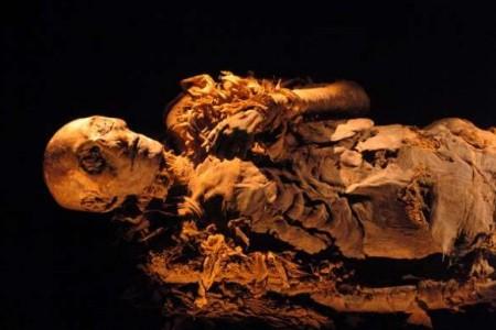 Hatshepsut, vida y caída de una reina egipcia