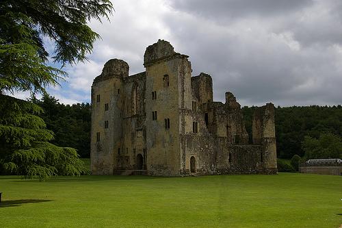 Castillo-Old-Wardour