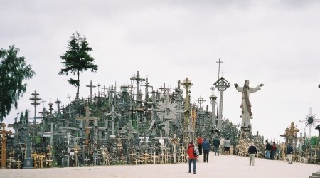 La Colina de las Cruces, misterio de Lituania