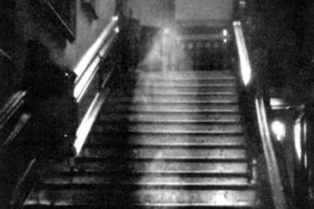 The brown lady, el fantasma de Raynham Hall