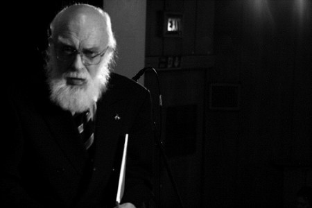 James Randi, en busca de lo sobrenatural