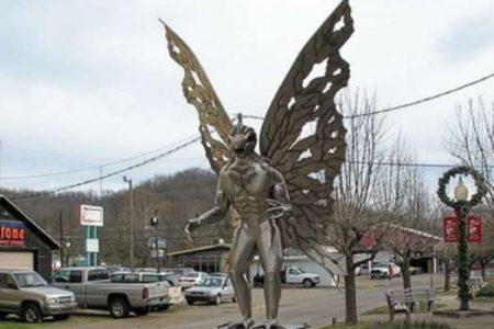 Mothman, el misterioso hombre polilla