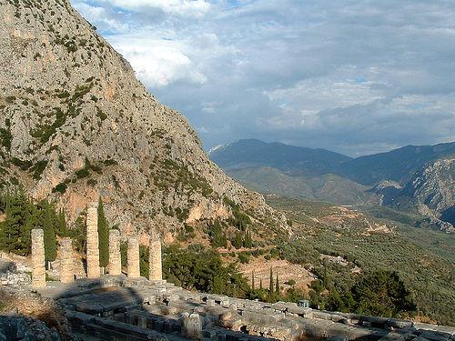 Parnaso y el Templo de Apolo