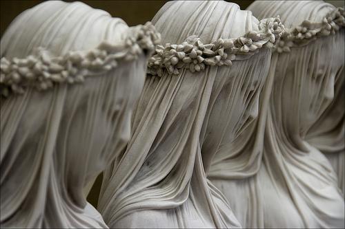 Vestales